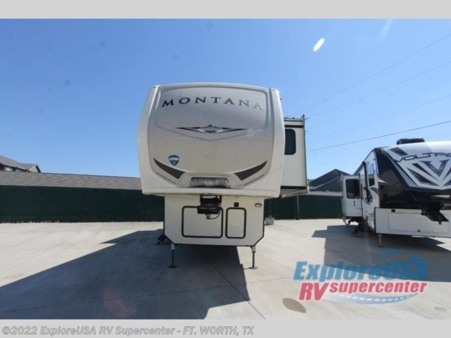 Used 2019 Keystone Montana 3120RL available in Ft. Worth, Texas