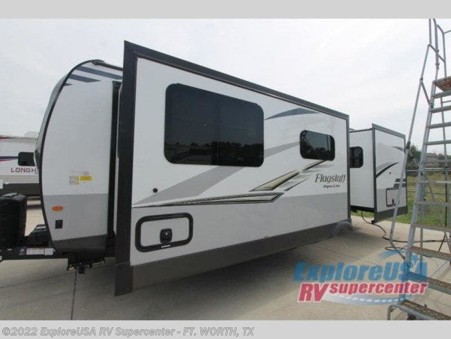 2021 Flagstaff Super Lite 26FKBS by Forest River from ExploreUSA RV Supercenter - FT. WORTH, TX in Ft. Worth, Texas