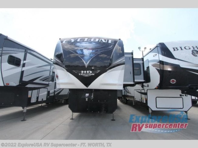 New 2021 Heartland Cyclone 4007 available in Ft. Worth, Texas