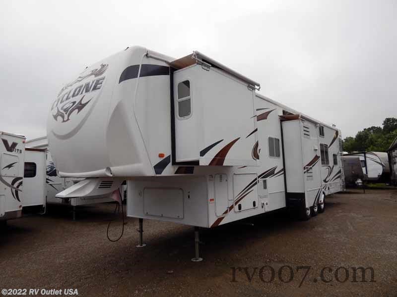 2011 Heartland Rv Rv Cyclone 3850 For Sale In North Myrtle