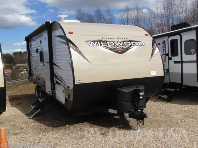 2018 Forest River Wildwood X-Lite 233RBXL