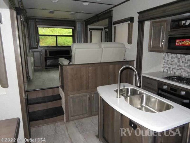 2019 Keystone Rv Montana 3791rd Legacy Full Body Paint For