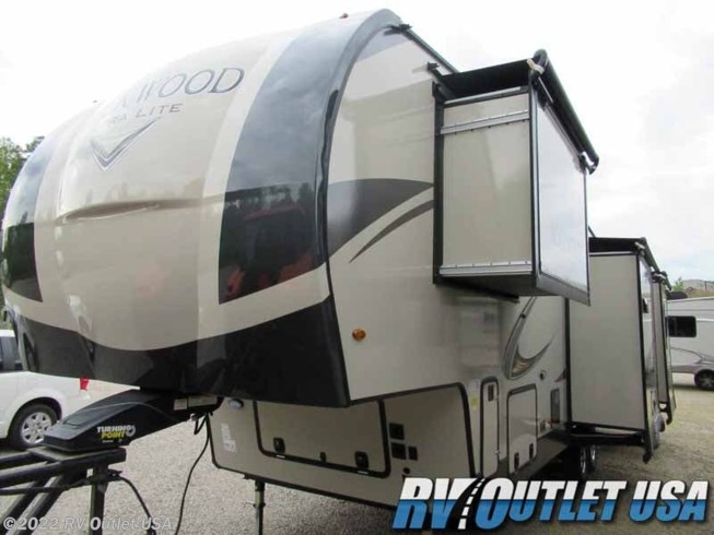 2020 Rockwood Ultra Lite 2898KS by Forest River from RV Outlet USA in Ringgold, Virginia