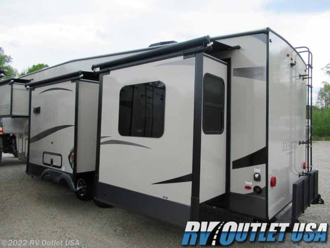 New 2020 Forest River Rockwood Ultra Lite 2898KS available in Ringgold, Virginia