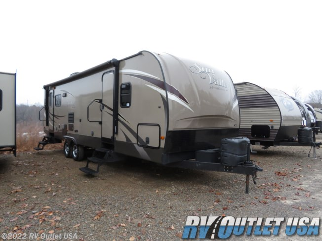 Used 2015 EverGreen RV Sun Valley 29RL available in Ringgold, Virginia