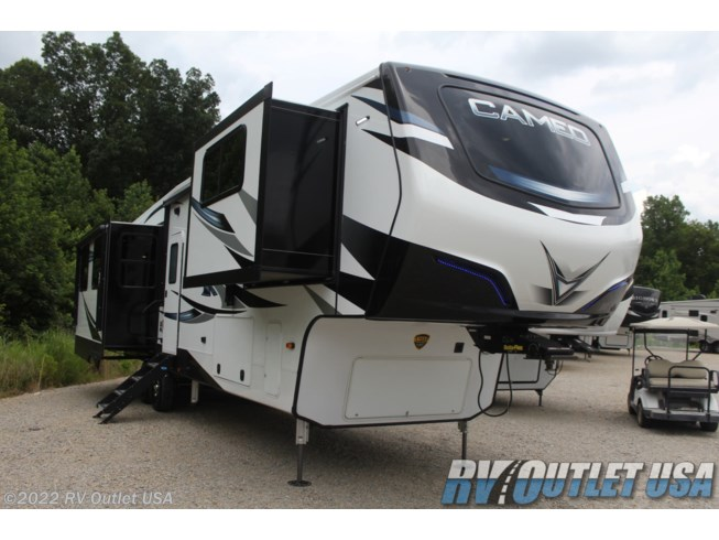 New 2021 CrossRoads Cameo 3701RL available in Ringgold, Virginia