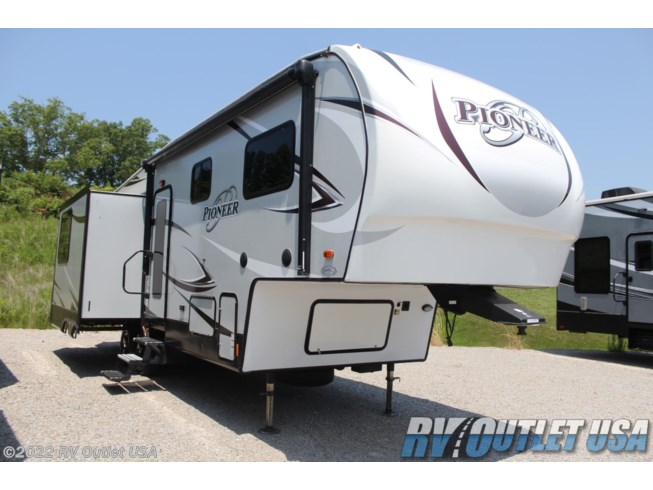 Used 2018 Heartland Pioneer 287 available in Ringgold, Virginia
