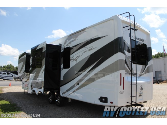 2021 4001LK by Redwood RV from RV Outlet USA in Ringgold, Virginia