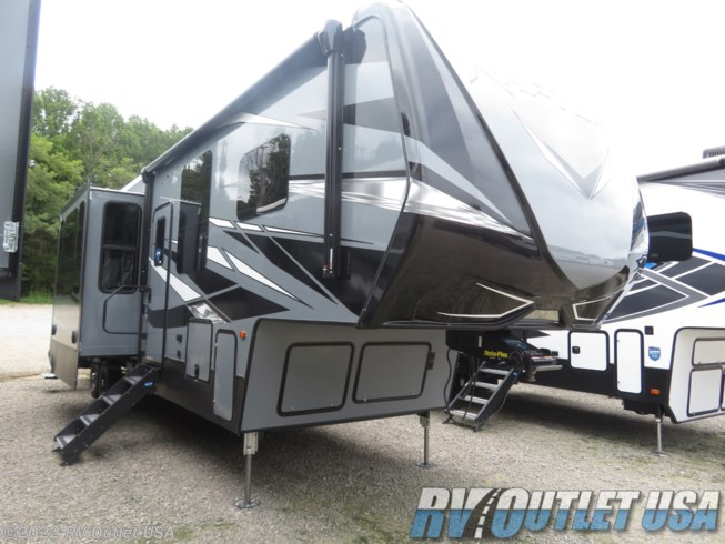 New 2021 Keystone Raptor 356 available in Ringgold, Virginia