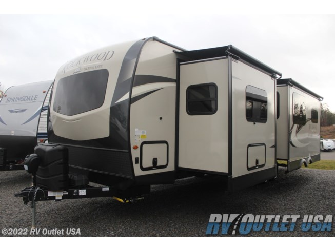 2021 Forest River Rockwood Ultra Lite 2912BS - New Travel Trailer For Sale by RV Outlet USA in Ringgold, Virginia features Fireplace, Solar Prep, Stove Top Burner, Solid Surface Countertops, Ladder