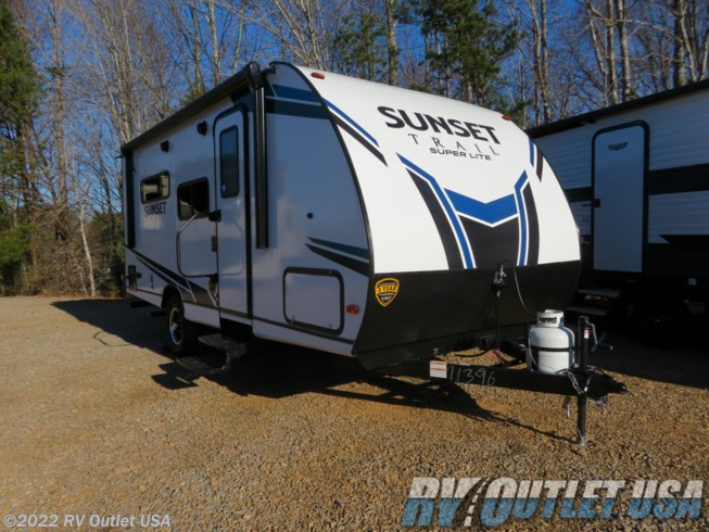 New 2021 CrossRoads Sunset Trail Super Lite SS185RK available in Ringgold, Virginia