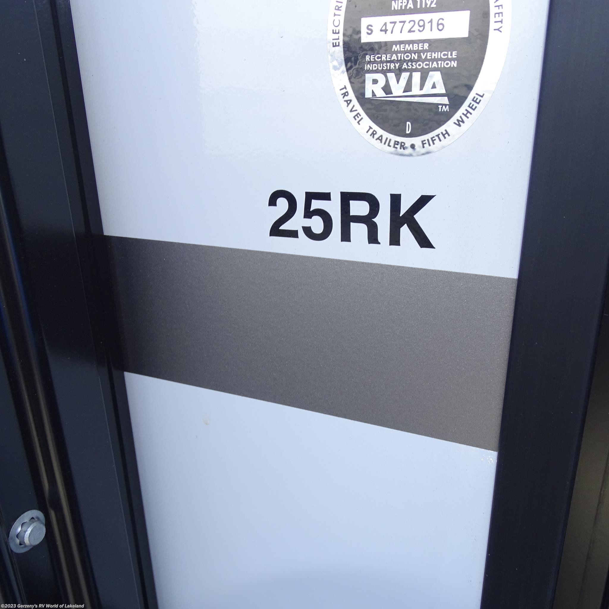 2018 Cruiser Rv Rv Radiance Ultra Lite 25rk For Sale In Lakeland Fl