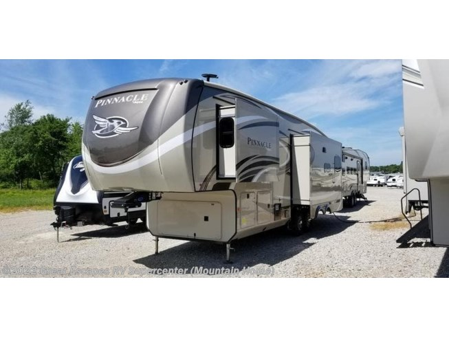 New 2020 Jayco Pinnacle 32RLTS available in Gassville, Arkansas