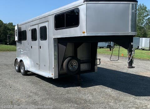"2 Horse Trailer - 2016 Homesteader 2H GN w/Dress 7'8""x7' available Used in Ruckersville, VA"
