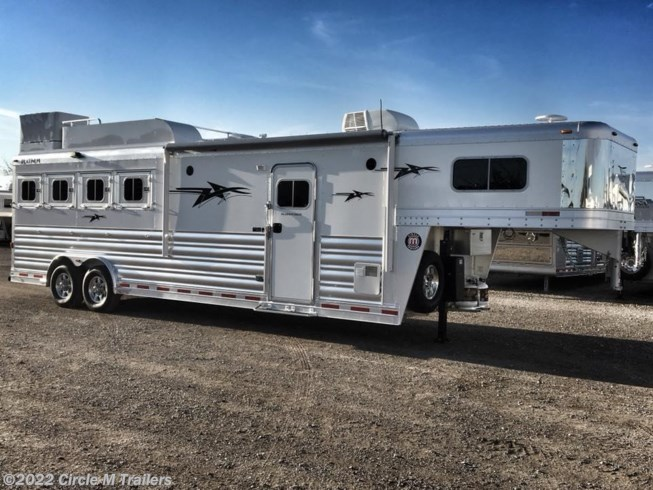 2019 Platinum Coach Outlaw 4 horse 10' SW Outlaw Conversions
