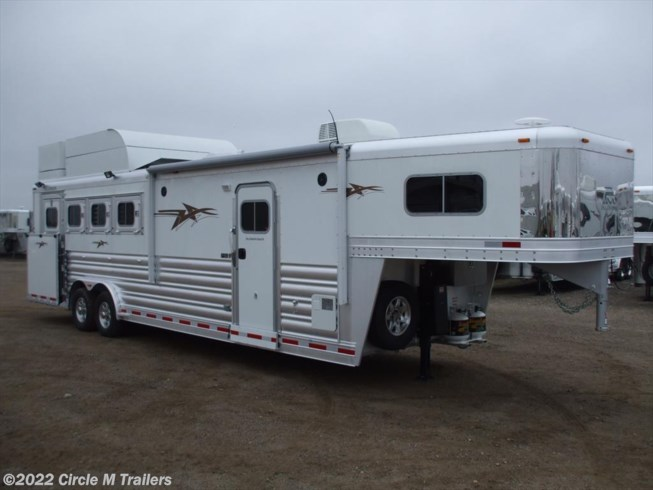 "2019 Platinum Coach Outlaw 4 Horse SIDE LOAD 10'4"" SW Outlaw & ONAN"