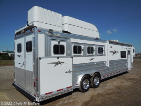 "<p><span style=""text-decoration: underline;"">Platinum Coach 4 horse with 13' Short wall Outlaw Conversions interior SIDE LOAD!</span></p>