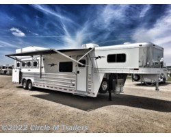 #584136 - 2018 Platinum Coach Outlaw 4 Horse 13' Shortwall Outlaw SIDE LOAD