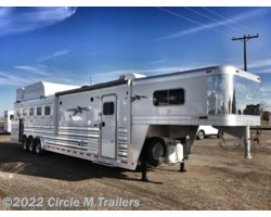 #165131 - 2018 Platinum Coach Outlaw 5 horse 13' SW SIDE LOAD + BUNK BED!!
