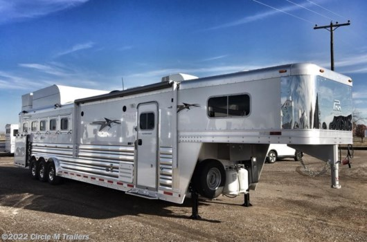 5 Horse Trailer - 2019 Platinum Coach Outlaw 5 horse 13' SW SIDE LOAD + BUNK BED!! available New in Kaufman, TX