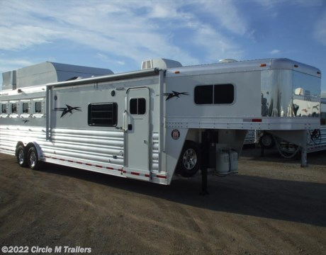 "2017 Platinum Coach Outlaw 4 Horse 13 2"" Shortwall Outlaw w Sofa Sleeper for sale"