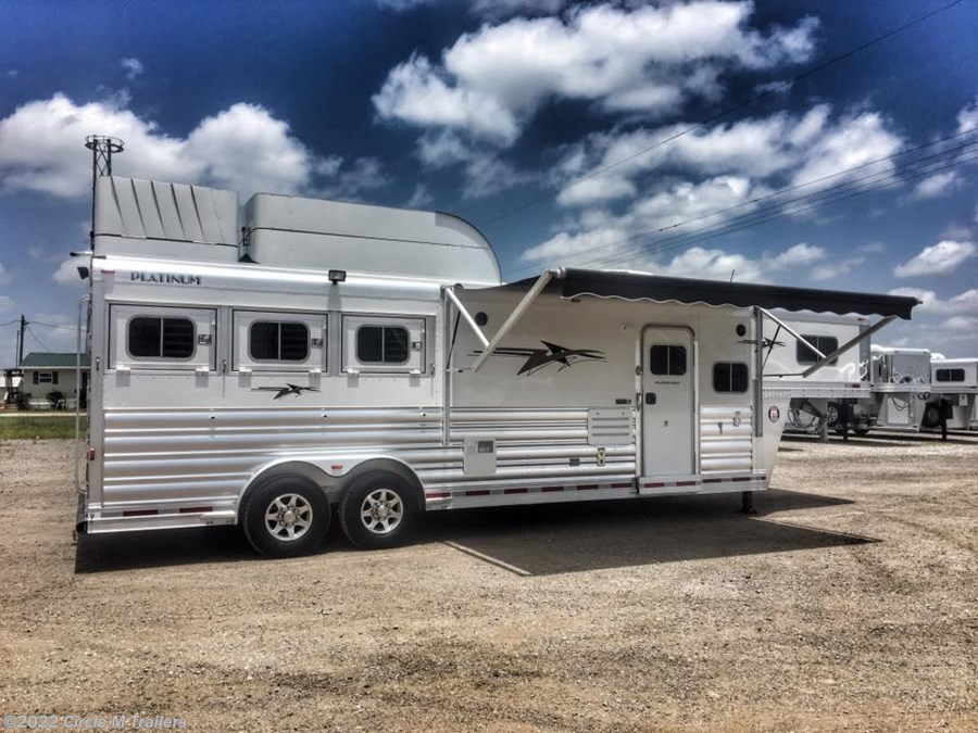 "2018 Platinum Coach Outlaw 3 Horse 10' 8"" SW Outlaw SLIDE OUT w/ 72"" Sofa!"
