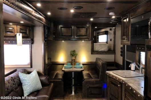 4 Horse Trailer - 2020 Platinum Coach Outlaw 4H side/slide WI-FI Smart TV's!! OUTLAW available New in Kaufman, TX
