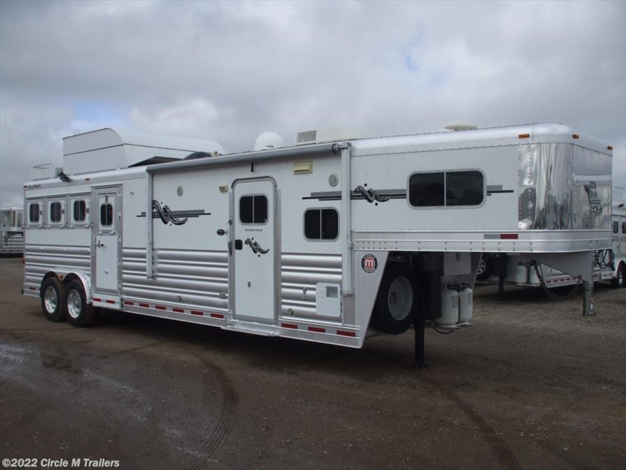 2011 Platinum Coach Outlaw 4HGN w/ 12' SW AIR RIDE OUTLAW