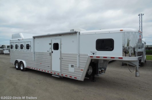 4 Horse Trailer - 2014 Hart 4 Horse 11' Shortwall Outlaw Conversions available Used in Kaufman, TX