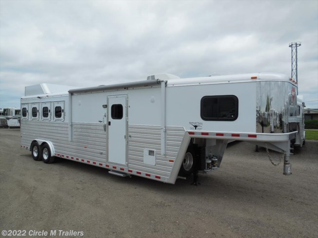 2014 Hart 4 Horse 11' Shortwall Outlaw Conversions