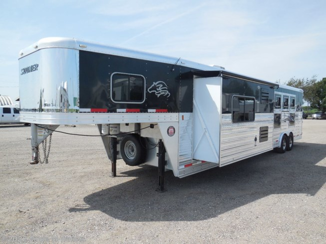 "2012 Sooner Legacy 15' Short wall 9' slide, raised bar and 72"" sofa!!"