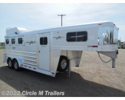 #81343 - 2018 Platinum Coach 3 Horse 4' Short wall with MANGERS!!!