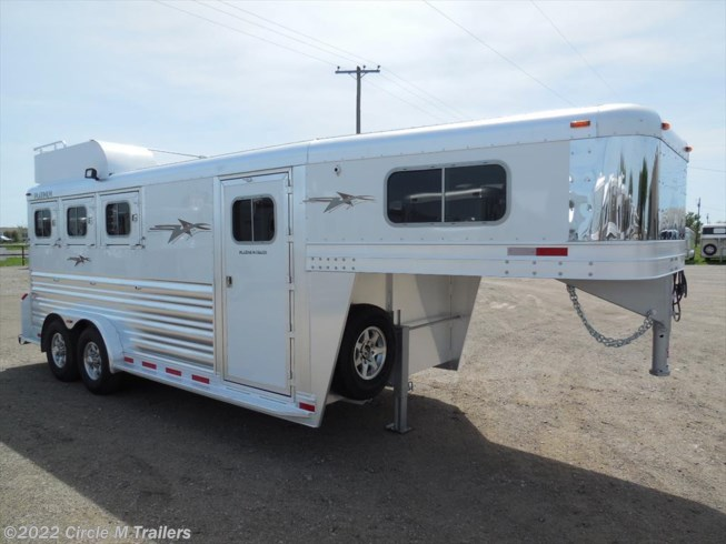 "2019 Platinum Coach 3 Horse 4' Short wall 7'6"" wide with MANGERS!!!"