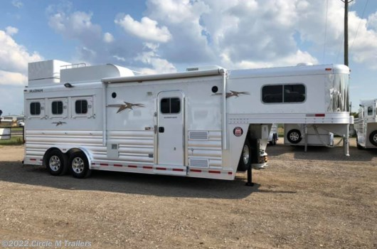 3 Horse Trailer - 2020 Platinum Coach Outlaw 3HGN w/ 8' SW Outlaw GENERATOR available New in Kaufman, TX