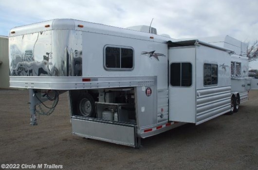 "4 Horse Trailer - 2019 Platinum Coach Outlaw 4 horse 14'6"" SW with 10' slide out available New in Kaufman, TX"