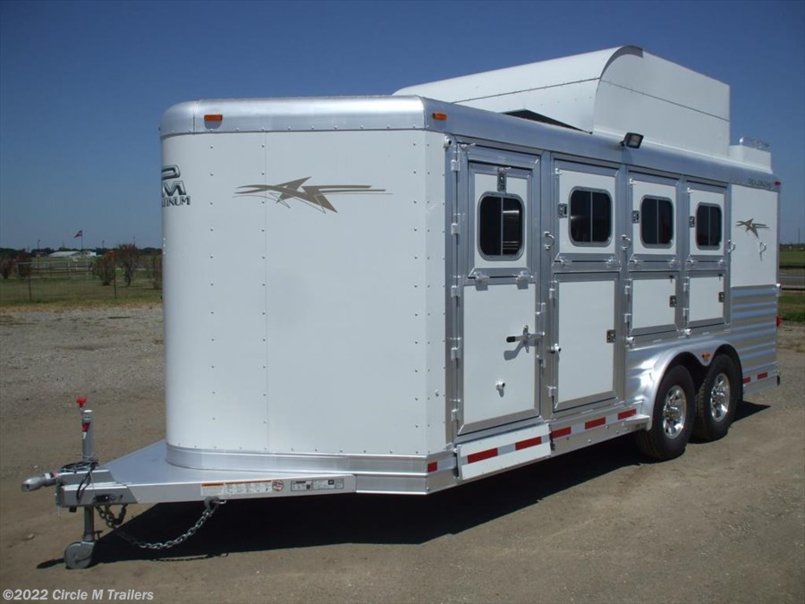 2018 Platinum Coach 8 wide Platinum 4 HBP With MANGERS