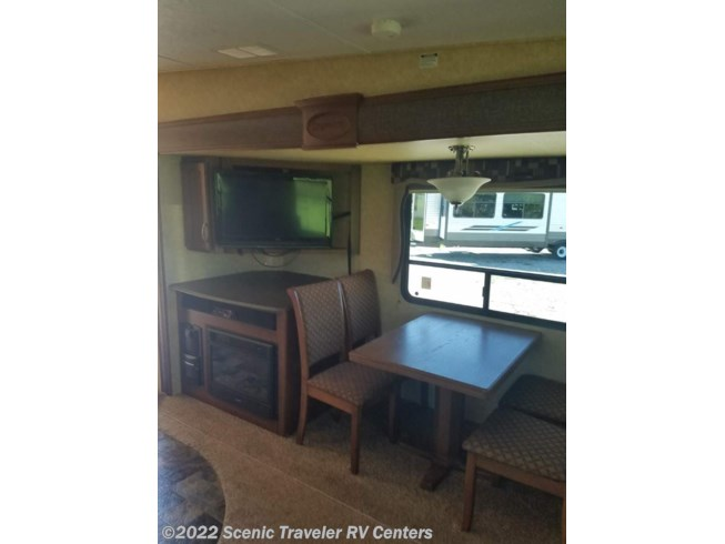 2012 Crusader 290RLT by Prime Time from Scenic Traveler RV Centers in Slinger, Wisconsin