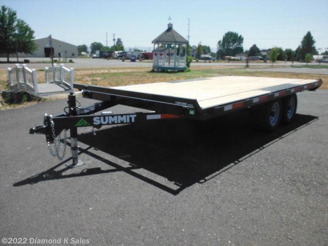 <span style='text-decoration:line-through;'>2018 Summit Trailer Cascade 102&quot; x 16&apos; Deck Over</span>