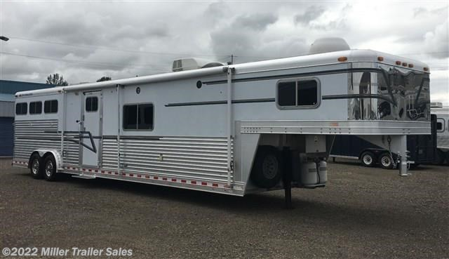 2000 Elite Trailers 3 Horse Elite w/15' Outlaw LQ