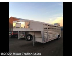 #8440 - 2016 Platinum Coach Deluxe Club Calf Trailer