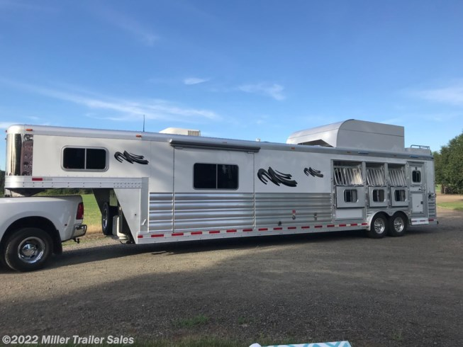 2018 Platinum Coach 4H rev load w/14' sw by Outlaw Conversions w/slide