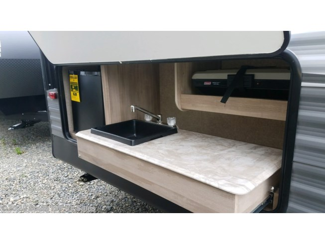 New 2020 Coachmen Catalina SBX 221DBSCK available in Puyallup, Washington