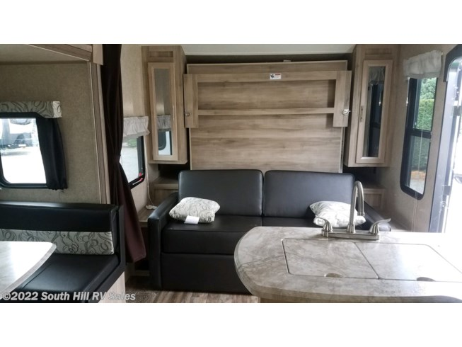 2020 Coachmen Catalina SBX 221DBSCK - New Travel Trailer For Sale by South Hill RV Sales in Puyallup, Washington features Air Conditioning, AM/FM/CD, Auxiliary Battery, Battery Charger, Bunk Beds, CD Player, CO Detector, Converter, DVD Player, Exterior Speakers, External Shower, Furnace, Leveling Jacks, LP Detector, Medicine Cabinet, Microwave, Power Awning, Queen Bed, Refrigerator, Roof Vents, Self Contained, Shower, Skylight, Slideout, Smoke Detector, Spare Tire Kit, Stove, Stove Top Burner, Toilet, TV Antenna, Water Heater