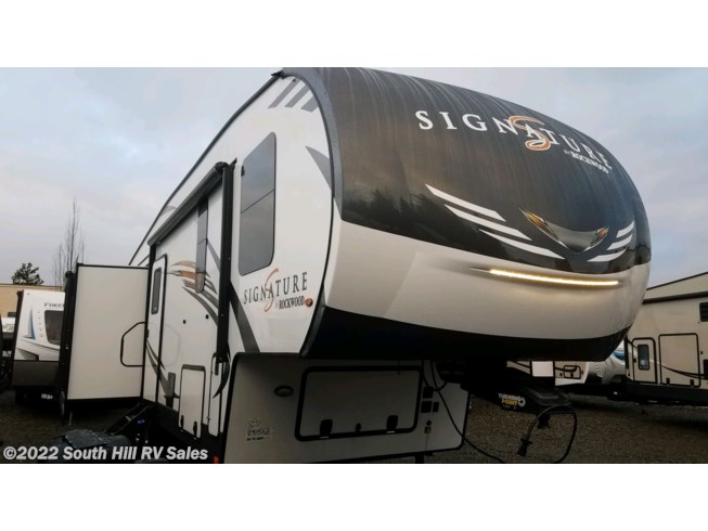 2020 Rockwood Signature Ultra Lite 8299SB by Forest River from South Hill RV Sales in Puyallup, Washington