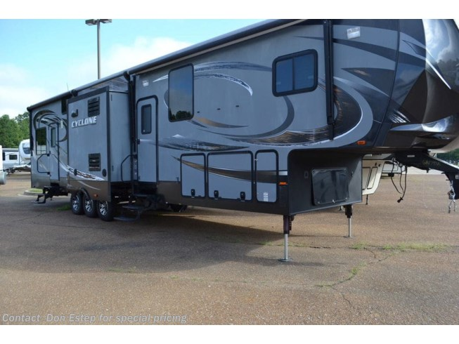 Used 2014 Heartland Cyclone CY 4100 available in Southaven, Mississippi