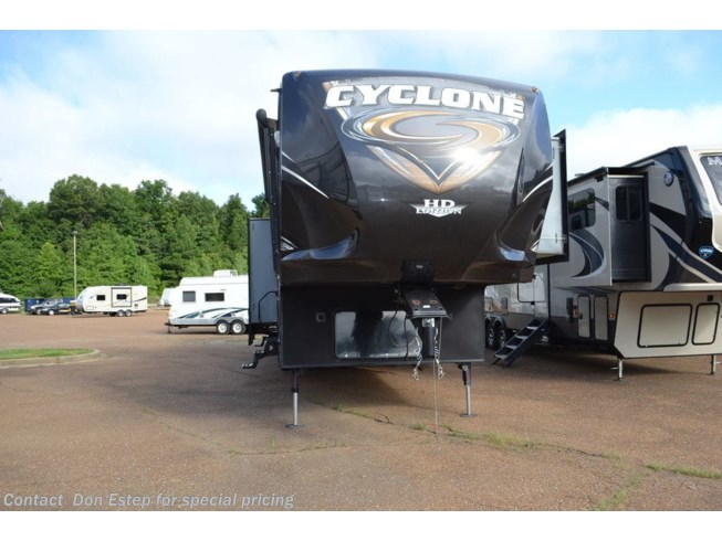 2014 Heartland Cyclone CY 4100 - Used Fifth Wheel For Sale by Don Estep in Southaven, Mississippi