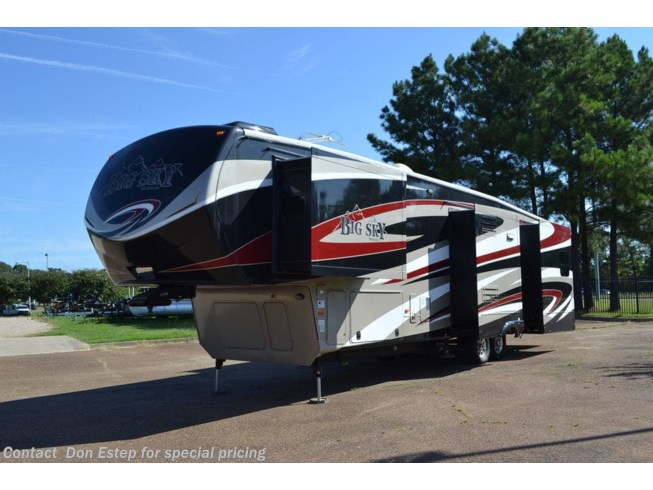 Used 2015 Keystone 382RL available in Southaven, Mississippi