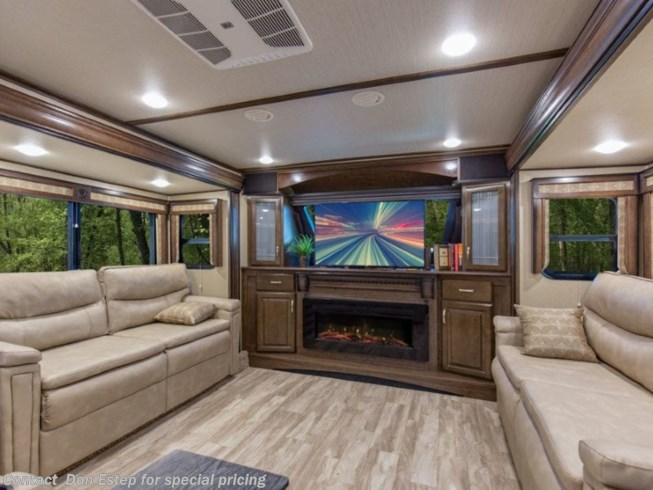 New 2020 Grand Design Solitude 382WB / 382WB-R available in Southaven, Mississippi