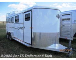 #TBH 209c - 2017 Royal T Trailers Imperial X Bar T5 Model 4 Horse Angle Haul Bumper Pull