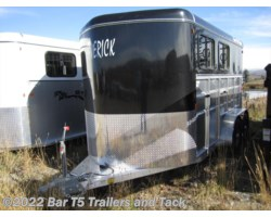 #TBH 256c - 2017 Royal T Trailers Maverick Lite DX 2 Horse Angle Haul Bumper Pull